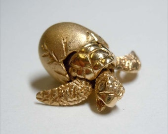 Vintage Movable 14kt Gold Diamond Baby Turtle Pendant Charm
