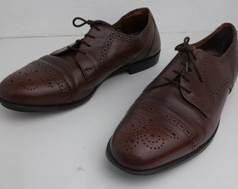 Size 9 Florsheim Brown Leather Oxford Brogues