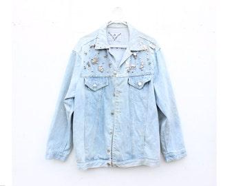 Vintage 80s Bleached Denim Studded / Pin / Badge Cowboy Denim Jacket