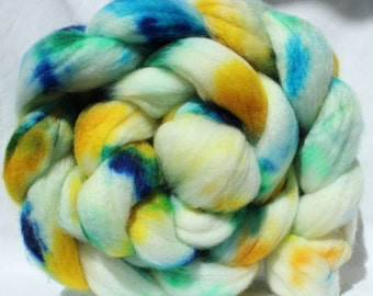 Hand dyed roving, multi color roving, yellow / blue / green, superwash merino wool roving spinning fiber, spinning fibre,