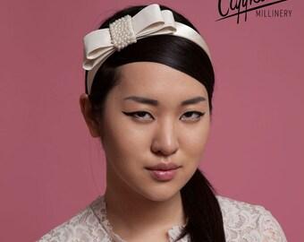 Bridal silk hairband with pearl and taffeta bow - Ann