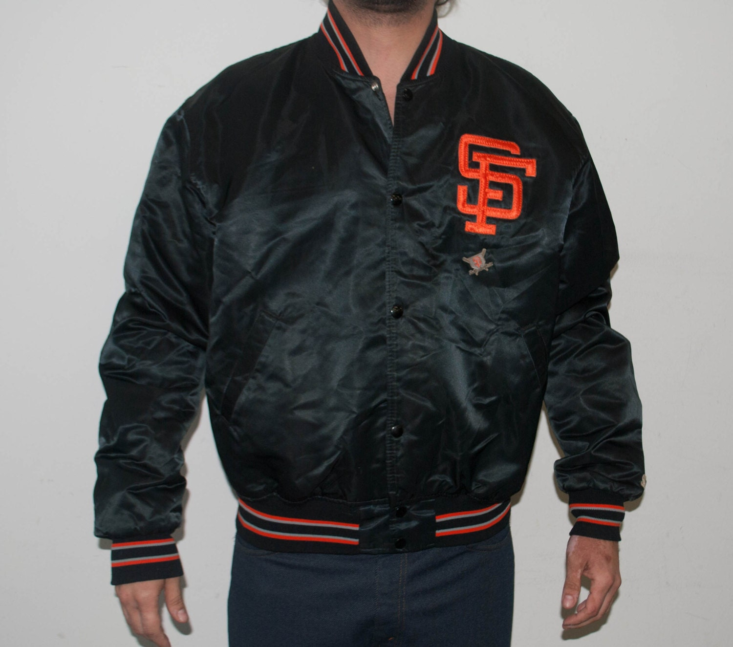 San Francisco Giants Jacket. Compare prices on San Francisco Giants Jackets from top online fan gear retailers. Save big money on your favorite team's jackets .
