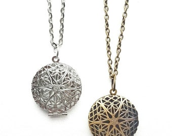 Set of 5 - Wholesale Diffuser Locket Necklaces