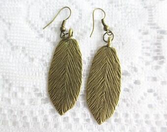 Leaf Zinc Alloy with Brass Ear Wire Earrings, Bronze Toned
