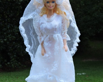 1970's Barbie Wedding Gown Dress and Veil Vintage Lace Trimmed