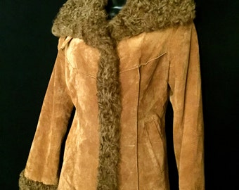 70's Curley Lamb and Suede Jacket   VG210
