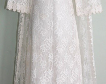 Vintage 1960's Wedding Gown