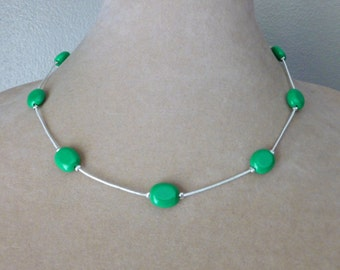 Simple Green and Silvertone Adjustable Chain Necklace