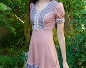 Vintage 1970s Dusty Rose Pink Juliet Style Renaissance Calico Floral Corset Polyester Prairie Western Princess Retro Midi Day Dress XS