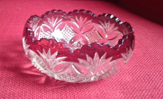 Vintage Small Round Clear Pressed Glass Crystal Berry Bowl