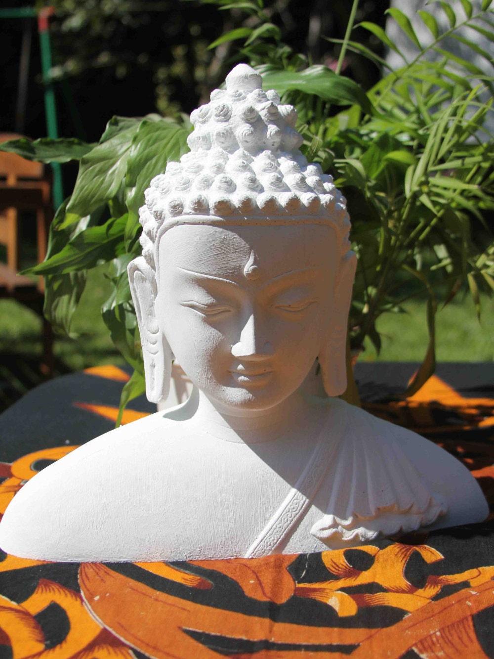 Buddha figur steinguss deko f r wohnung und garten - Buddha fur garten ...