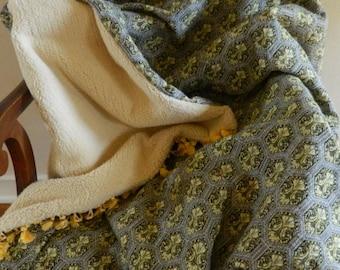 Parisian Throw Blanket
