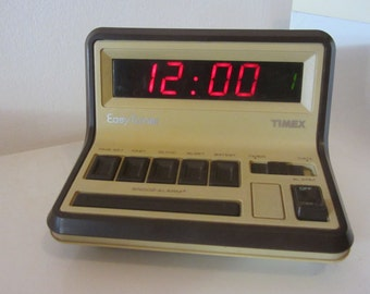 """TIMEX Atomic Space Age Digital Snooz Alarm """"Easy Timer"""" - Model 5217 - Made in Portugal - 1970s"""