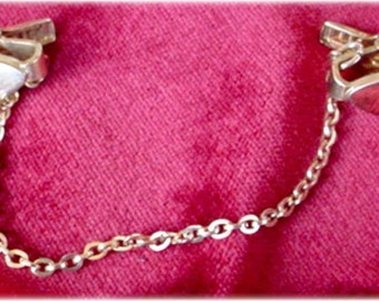 Sweater Guard with Plain Oval Clasps