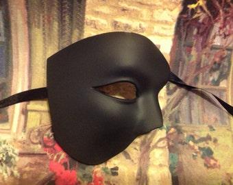 Plain Blank undeorated Black White masquerade phantom mask