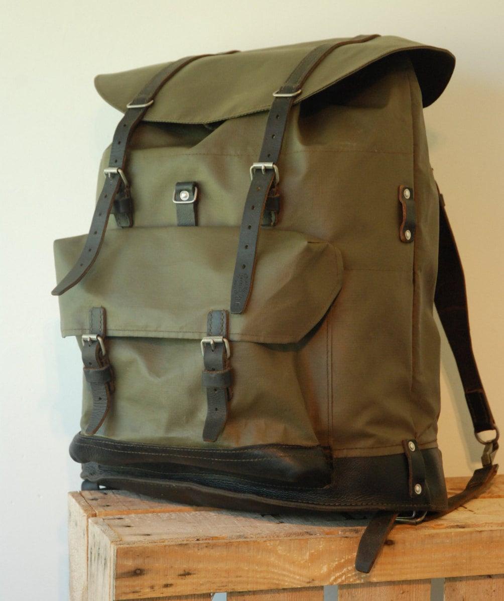 schweizer armee rucksack rucksack gummi und leder jagd. Black Bedroom Furniture Sets. Home Design Ideas