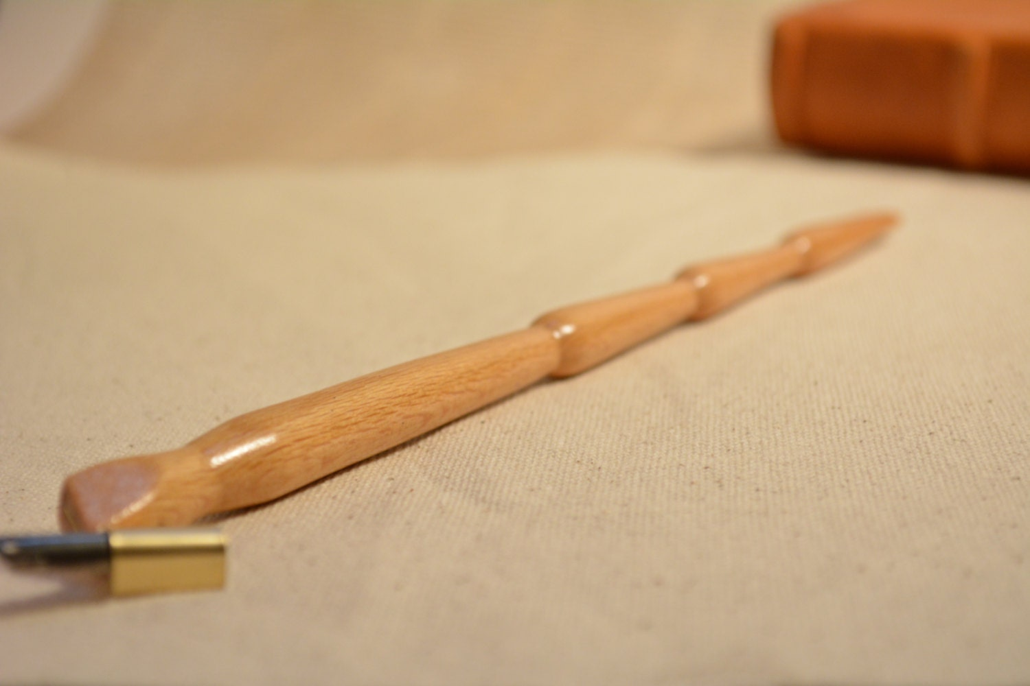 Oblique Calligraphy Pen Holder Sycamore