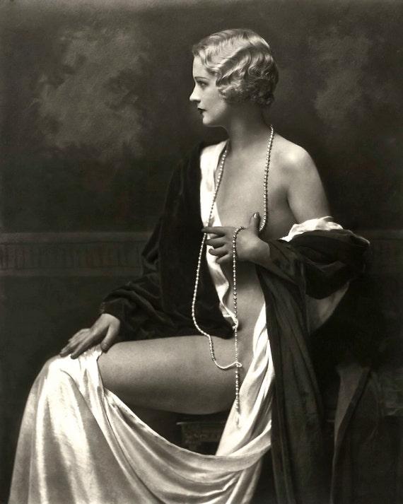 эротическая фотосессия в старинном стиле