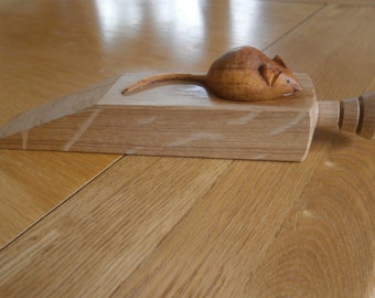 Oak doorstop with mouse