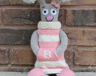 Brenda Bunny PDF Knitting Pattern - Curious Critter Collection