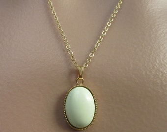 Chrysoprase Necklace. Chrysoprase Cabochon. Lemon Chrysoprase. Yellow Necklace. Gold Chain Necklace