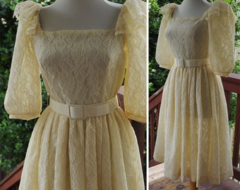 SUGAR 1970's 80's Vintage Cream White Lace Dress with Puff Sleeves + Bow Belt // size Small
