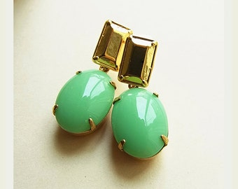 Vintage Light Green Jade Oval Rhinestone Ear-rings // Faceted Gold Rectangle Ear-studs (One Pair)