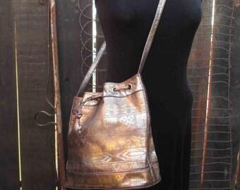 Crossbody Bucket Bag Gold Metallic purse drawstring bag Vintage 90s Magdesians of California Brown vinyl bag