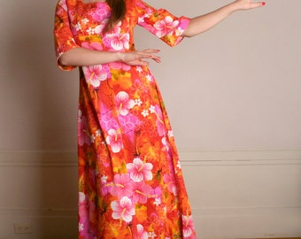 Vintage Hawaiian Maxi Dress - 1960s 1970s Neon Bold and Bright Cotton Vacation Dress - Medium