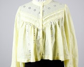 Vintage yellow flowy hippie eyelet crop top - open size