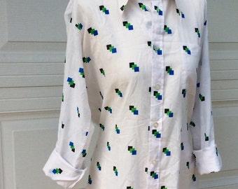 VTG White Button Up Shirt // Long Sleeved // Viva La Mode // Oversized // Geometric Print
