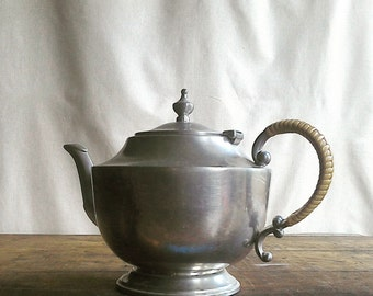 Vintage Pewter Teapot by Trinac Woven Handle Tea for Two Kings Quality Pewter 4 Cup Size Classic Style