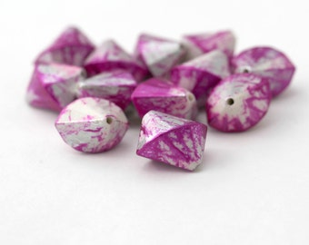 White Hot Pink Silver Faceted Splayed Acrylic Bicone Beads 17mm (12)