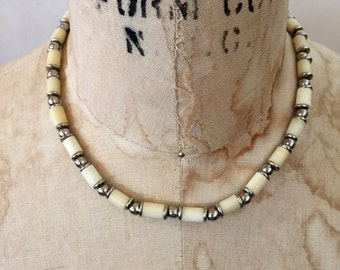 Vintage necklace 1990s necklace bohemian necklace retro necklace bone necklace Silver necklace Beaded Necklace white necklace choker