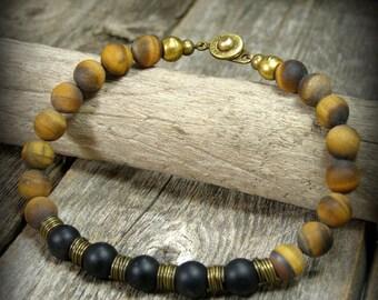 Mens Bracelet, Bracelet for Men, Matte Tiger Eye Bracelet, Matte Onyx, Beaded Bracelet, Mens Jewelry, Stretch Bracelet, Clasp Bracelet