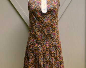 60s vintage Brown Paisley Print Sleeveless Drop Waist Dress with White Peter Pan Collar