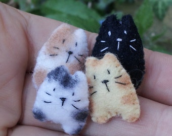Kawaii Cats - miniature cat - tiny stuffed cat - mini felt cat plush -cartoon cat plush miniatures - lucky cat charm