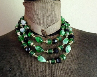 Vintage Triple Multi Strand Green Plastic Necklace