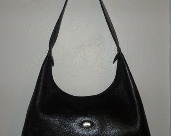 Vintage - Bally - Top Stitched - Pebbled - Black - Leather - Triangle - Shoulder bag - size 13 x 8 x 3.5