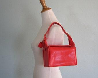 Vintage 1960s Handbag - Super Cute Red Leatherette Mod Square Bag - 60s Koret Handbag