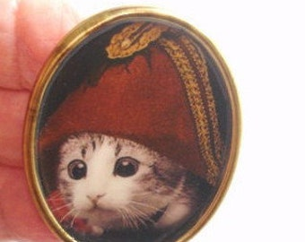 Cat  Hat Brooch