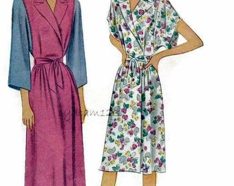 Vintage 1940s Pattern Housecoat or Robe Two Lengths Day or Evening Sleeve Variation 1946 McCall's 6496 Bust 32