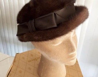 Vintage 1950's 1960's High Fashion Ladies Mink Bowler Style Hat lined in Gold with original box