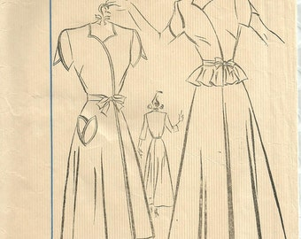 Vintage 40s Sewing Pattern / Fairloom Superior 6641 / Robe Lingerie / Size 16 Bust 34