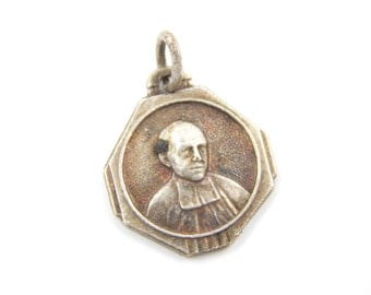 Vintage French Saint Mutien-Marie Wiaux Catholic Medal - Servant of God Religious Charm - O27