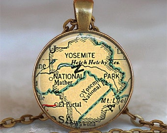 Yosemite National Park map pendant, Yosemite map pendant, Yosemite map necklace, Yosemite pendant, Yosemite necklace keychain travel map