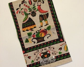 Linen Tea Towel Dutch Couple Folk Art Parisian Prints