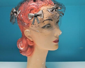 vintage 1950s fascinator hat -  SUMMER'S END straw bow netting hat