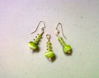Lime Green and Cream Pendant and Earrings (0261)