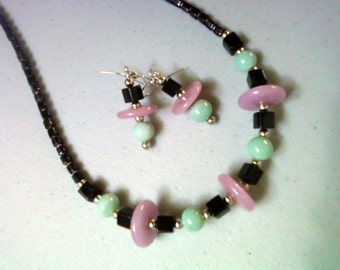 Black, Rosy Pink and Mint Green Necklace and Earrings (0837)